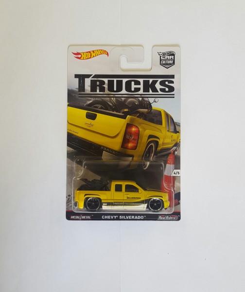 Hot Wheels TRUCKS Rennwagen 4/5 Chevy Silverado