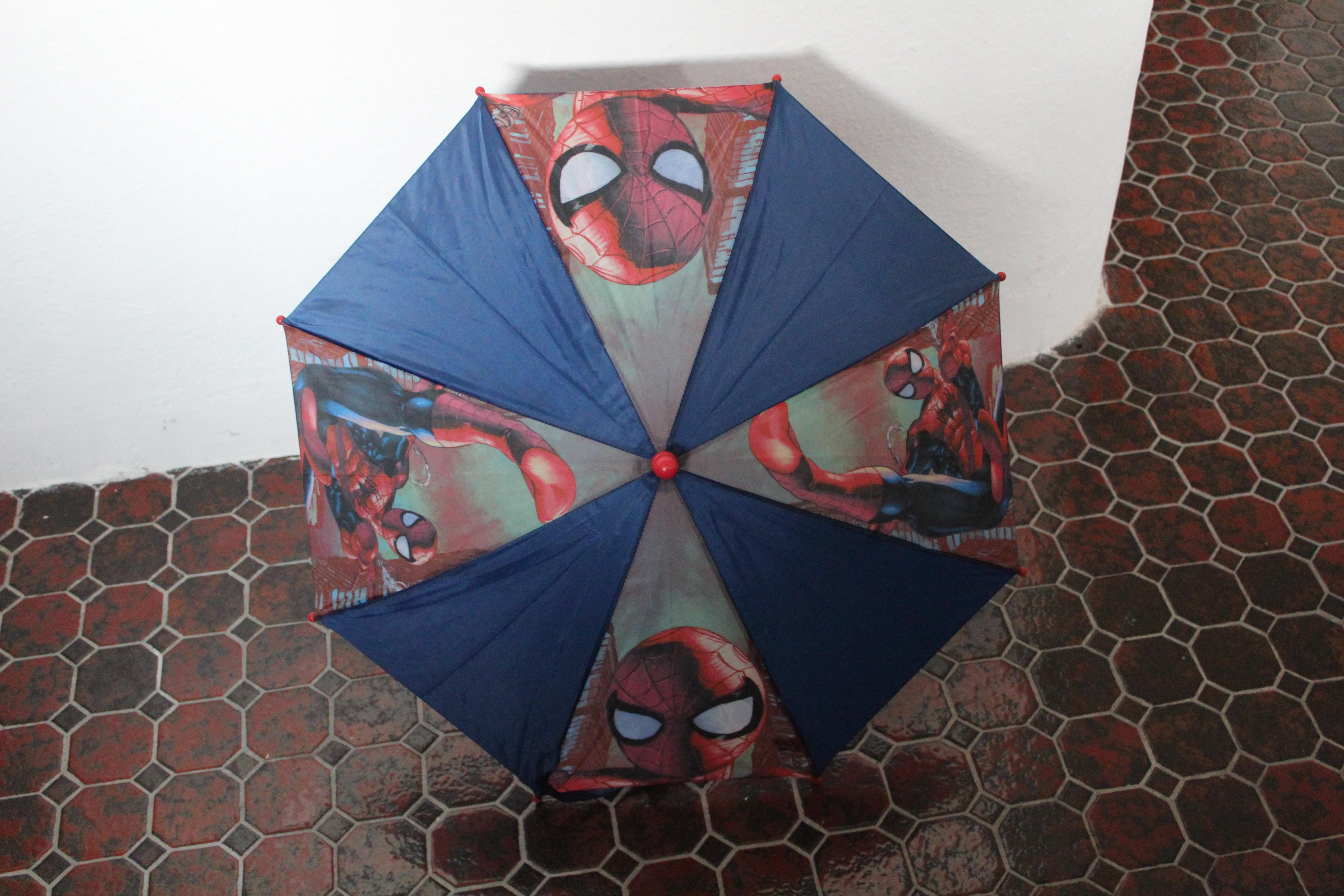 Regenschirm Marvel- Ultimate Spiderman